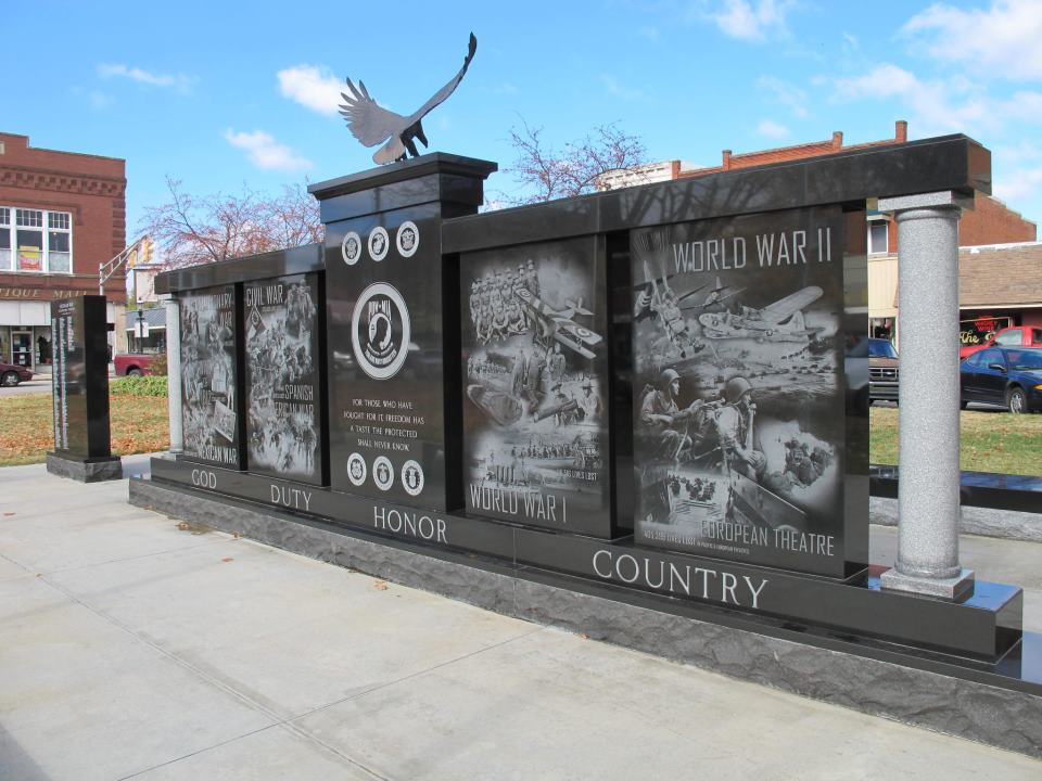 Scottsburg square veteran memorial fewell monument for Fewell custom homes